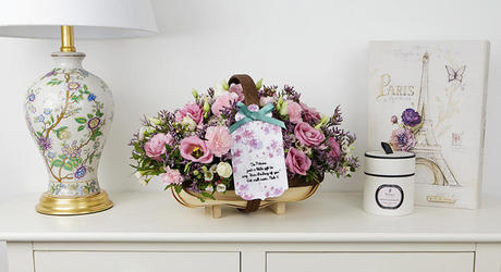 Thinking of You Flowers & Personalised Cards