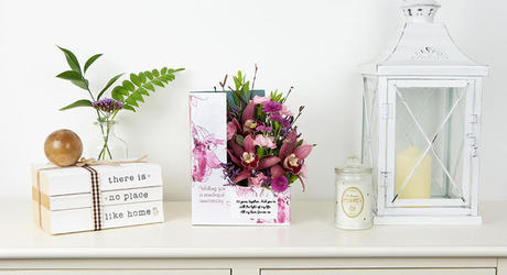 Wedding Anniversary Flowers & Personalised Cards