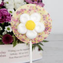 White chocolate daisy lolly
