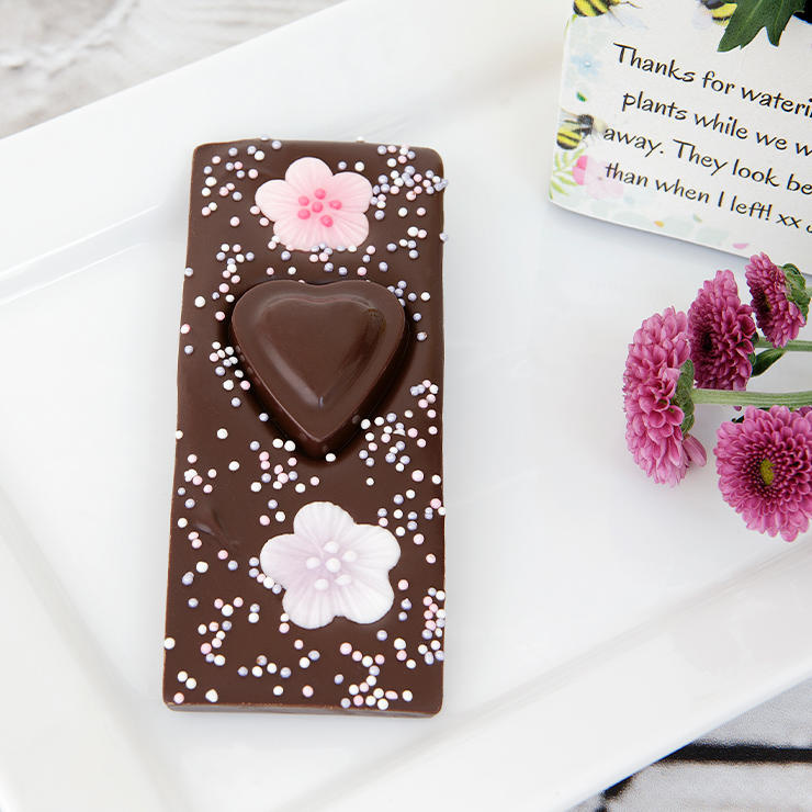 Dark chocolate heart bar